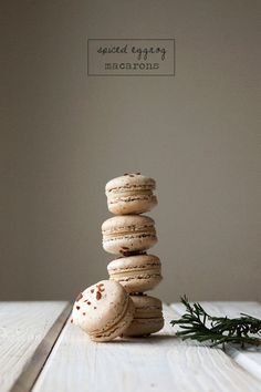 Spiced Eggnog Macarons recipe- I made these for Christmas last year and they are BOMB!! I plan of making it Gaspard tradition to make them every year. ^_^