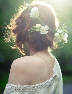 Flower crown on ginger hair<3