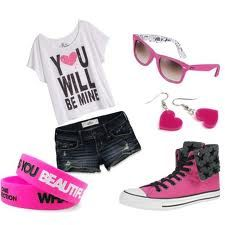 Pink summer love ♥ I love this shirt for some reason