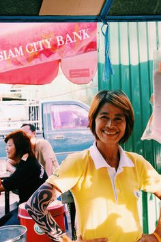 Food Stall Owner in Bangkok| Very Good Street Food with Smile & Style by Mit Freunden um die Welt - Photo 152408593 - 500px