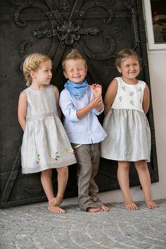 Salzburger Heimatwerk -  Tracht für Kinder Girls Dresses, Flower Girl Dresses, Wedding Dresses, Fashion, La Mode, Flower Girl Gown, Baby Ideas, Sewing For Kids, Kids Wear