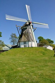 Windmühle Munkbrarup, Hoffnung - Deutschland, Schleswig-Holstein Netherlands Windmills, Hotel Swimming Pool, Old Windmills, Kingdom Of The Netherlands, South Holland, Wind Power, Le Moulin, Britain, Scenery
