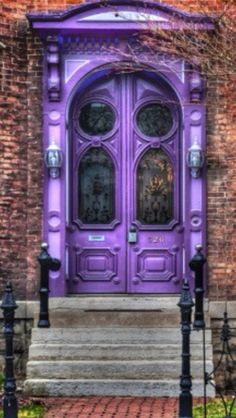 beautiful Stunning Vintage Purple Door(;
