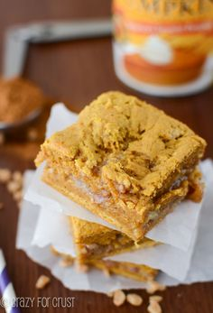 Pumpkin Toffee Gooey Bars | crazyforcrust.com | #pumpkin #toffee