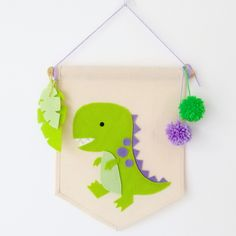 25 Ideas Embroidery Names Baby Nursery Decor For 2019 Felt Diy, Felt Crafts, Diy And Crafts, Crafts For Kids, Paper Crafts, Felt Wall Hanging, Hanging Banner, Boy Decor, Baby Nursery Decor