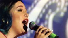 Hija de Jenni Rivera canta mariposa de barrio - YouTube