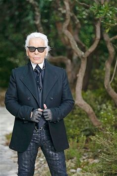 Karl Lagerfeld para Chanel en París