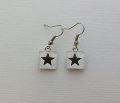Tribute to David Bowie: Mini square earrings - 0,5in - black star,  glass cabochon by mariannechevalier on Etsy https://www.etsy.com/listing/263573938/tribute-to-david-bowie-mini-square