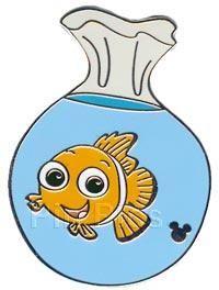 Pin 39031: DLR - Global Lanyard Series 3 (Finding Nemo - Nemo)