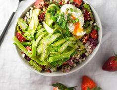 Strawberry+Asparagus+Quinoa+Salad