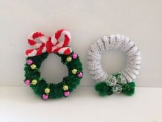 How to make a Pipe Cleaner Christmas Wreath 2 - YouTube