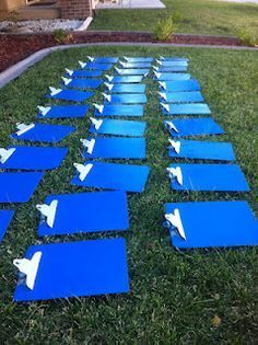"Make old cliipboards new again or paint them to match your classroom theme! Then, assign each clipboard to each student to display their ""best"" work on each week. :)"
