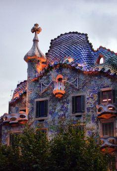 Casa Batlló, Barcelona, Spain - restored by Antoni Gaudí and Josep Maria Jujol - built 1877, restored 1904 - 1906