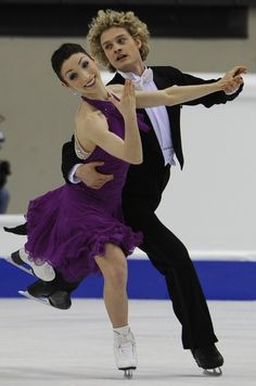 US Meryl Davis and Charlie White perform during the Ice Dance compulsory dance competition of the World Figure Skating Championships on March 23, 2010 at the Palavela ice-rink in Turin.