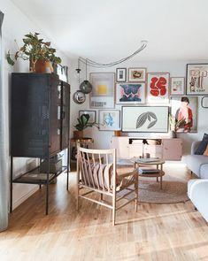 A Charming Danish Family Home With a Fabulous Pink Bathroom! A Charming Danish Family Home With a Fa Diy Tumblr, Murs Roses, Glass Room Divider, Danish Style, Woodland Nursery Decor, Scandinavian Interior, Scandinavian Style, Pink Walls, Interior Design Inspiration