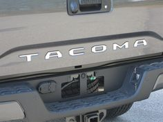 http://auto-truck-accessories.com/products/sgr16175