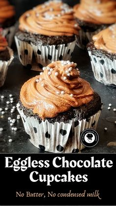 Eggless Chocolate Cupcakes, Chocolate Mug Cakes, Chocolate Buttercream, Chocolate Coffee, Cupcake Tray, Cupcake Cakes, Star Food, Types Of Cakes, Cupcake Recipes