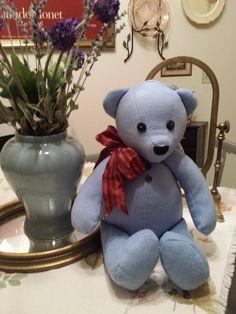 Handmade Memory Bear - Keepsake Bear - Teddy Bear from Shirts or Fabric 0aae63f7129c