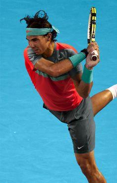World number one Rafael Nadal will battle in Melbourne wearing his redesigned Nike Premier Rafa Jacket, a 2014 Premier Rafa Crew, Nike Gladiator SW Shorts and the new Nike Lunar Ballistec. Tennis Rafael Nadal, Rafael Nadal Fans, Nadal Tennis, Tennis Live, Sport Tennis, Soccer, Rafael Nadal Australian Open, Rafa Nadal, Sports Complex