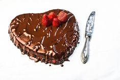 Τούρτα σοκολάτα καρδιά - Valentine's Day Greek Sweets, Greek Desserts, Chocolate Hearts, Food Categories, Tiramisu, Acai Bowl, Sweet Home, Pudding, Breakfast