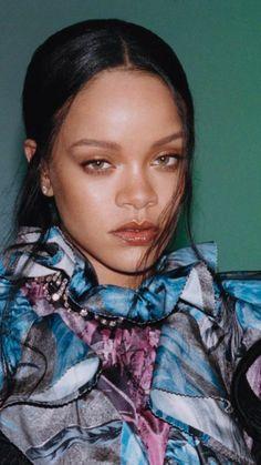 """rihanna is pure art. Rihanna Makeup, Rihanna Riri, Rihanna Style, Beyonce, Rihanna Vogue, Rihanna Looks, Rihanna Fashion, Saint Michael, Pretty People"