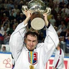 2002 - Slovakia won the gold medal Marathon Runners, Ice Hockey, Football Players, Captain America, Guys, Satan, Sports, Country, Google