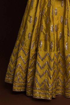 Golden Olive gotawork lehenga paired with gota work blouse (unstitched) and sheer, net dupatta. Pakistani Mehndi Dress, Rajasthani Dress, Pakistani Wedding Outfits, Indian Bridal Outfits, Indian Bridal Lehenga, Indian Bridal Wear, Pakistani Dress Design, Indian Gowns, Indian Designer Outfits