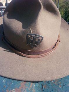 Raidir le bord des chapeaux...