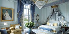 The Shangri-La Hotel Paris features 54 luxury bedrooms and 27 fabulous suites created by Pierre Yves Rochon, french interior designers. Paris Hotels, Hotel Paris, Paris Paris, Shangri La Hotel, Hotel Decor, Blue Rooms, Blue Walls, French Decor, French Interior