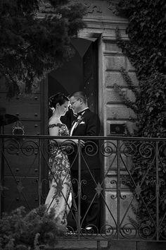Edle & Natürliche Hochzeitsfotografie Painting, Art, Desk Arrangements, Fiction, Wedding Photography, Art Background, Painting Art, Kunst, Gcse Art