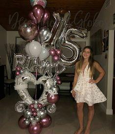 15 años🎈🎂 Happy 15th Birthday, Happy Birthday Balloons, Sweet 16 Birthday, Balloon Columns, Balloon Garland, Balloon Decorations, Valentine Decorations, Birthday Decorations, Ballon Arrangement