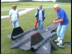 ▶ RC SR-71 Jet With Real Engines (A BIG RC PLANE) - YouTube