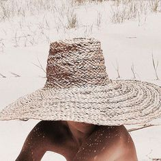 Straw hat perfection. X