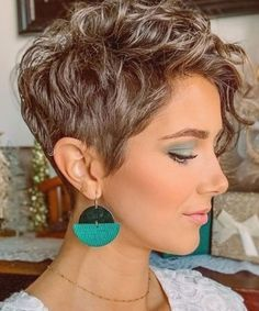 Short Curly Pixie, Short Curly Hairstyles For Women, Curly Hair With Bangs, Haircuts For Curly Hair, Curly Hair Styles, Pixie Cut Curly Hair, Pixie Hair Color, Thin Hair, Short Haircuts