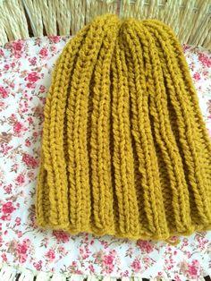 Mustard hat by Velvetrosi on Etsy