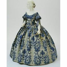 Evening dress 1850-1855, inspired by 18th century fashion.