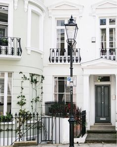 Writing Down My Business And Personal Goals Today One Of Biz Goal For 2017 Is To Work On A London Townhouse This Year What Your Or