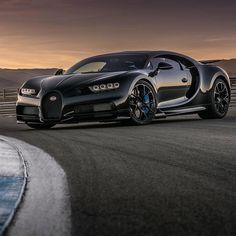 Bugatti Chiron!   Photo by @grubbsphotography   #blacklist #bugatti #chiron