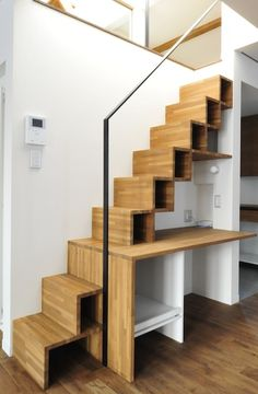 Tiny House Stairs, Loft Stairs, Loft House, Small Attic Room, Attic Rooms, Stair Bookshelf, Bedroom Furniture Design, Bedroom Loft, Staircase Design