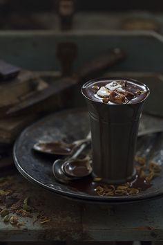 Chocolate by Raquel Carmona Romero on Chocolate Cafe, Chocolate Dreams, Homemade Hot Chocolate, Love Chocolate, Chocolate Fudge, Chocolates, Dark Food Photography, Chocolate Caliente, Cacao