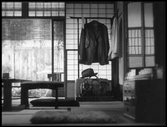 Late Spring, directed by Yasujiro Ozu. Empty frames.