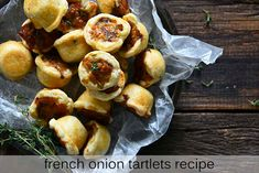 Mini Tartlets, Gruyere Cheese, Mini Muffins, French Onion, Caramelized Onions, Appetizers, Breakfast, Recipes