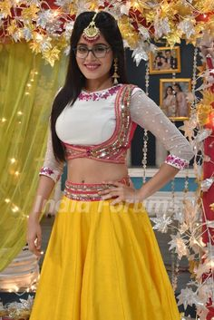 #Actress #Celebrity #IndianWear #Lehenga #IndianOutfit #EthnicWear Lengha Blouse Designs, Kids Blouse Designs, Kurta Designs, Chaniya Choli Designer, Navratri Dress, Kids Dress Wear, Designer Party Wear Dresses, Stylish Blouse Design, Lehnga Dress