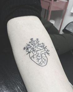 Search inspiration for a Minimal tattoo. Subtle Tattoos, Small Tattoos, Cool Tattoos, Heart Flower Tattoo, Flower Tattoos, Piercings, Piercing Tattoo, Nursing Tattoos, Hart Tattoo