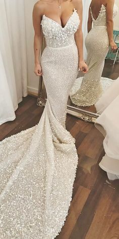 empire sweetheart strapless sequins bridal dresses with train Wedding Dress Types, Pretty Wedding Dresses, Perfect Wedding Dress, Bridal Dresses, Wedding Gowns, Bling Wedding, Wedding Flowers, Bridal Bouquets, Wedding Bells