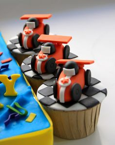 Celebrate with Cake!: Race Car Cake and Cupcakes