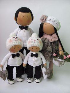 Фотография Pink Doll, Kawaii Doll, Fabric Toys, Waldorf Dolls, Felt Diy, Knitted Dolls, Soft Dolls, Diy Toys, Barbie Dolls