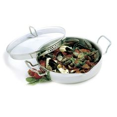 KRONA S/S 4QT EVERYTHING PAN With Straining Lid http://www.coast2coastkitchen.com/store/cooking/krona--/krona-ss-4qt-everything-pan-with-straining-lid