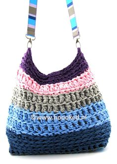 RibbonXL handbag made by Hoooked