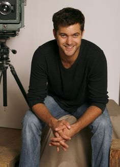 Joshua Jackson.. Pacey.. Dawson's Creek.. Loved that show